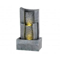 Fuente piedras verticales,...
