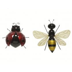 Insectos hierro, pared