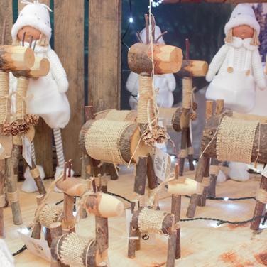 Muñecos de Navidad en madera